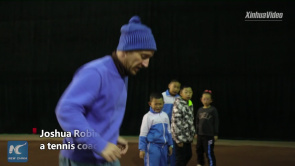 U.S. tennis coach enjoy staying in Qinghai, China